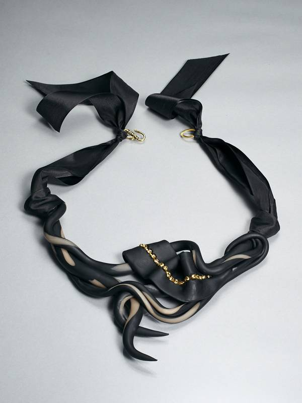 MOTION NECKLACE FROM 'A ROSE IS A ROSE' SERIES